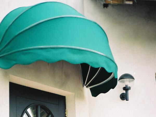 buket awnings 1