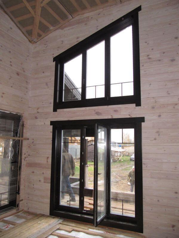 custom-window-in-kottage-1