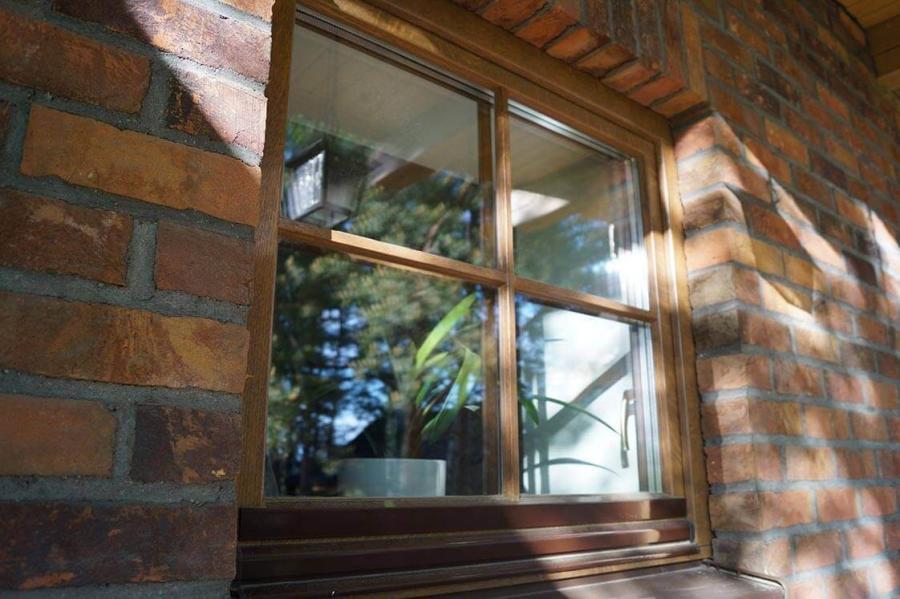 Дом в Колодищах с дубовыми окнами 11