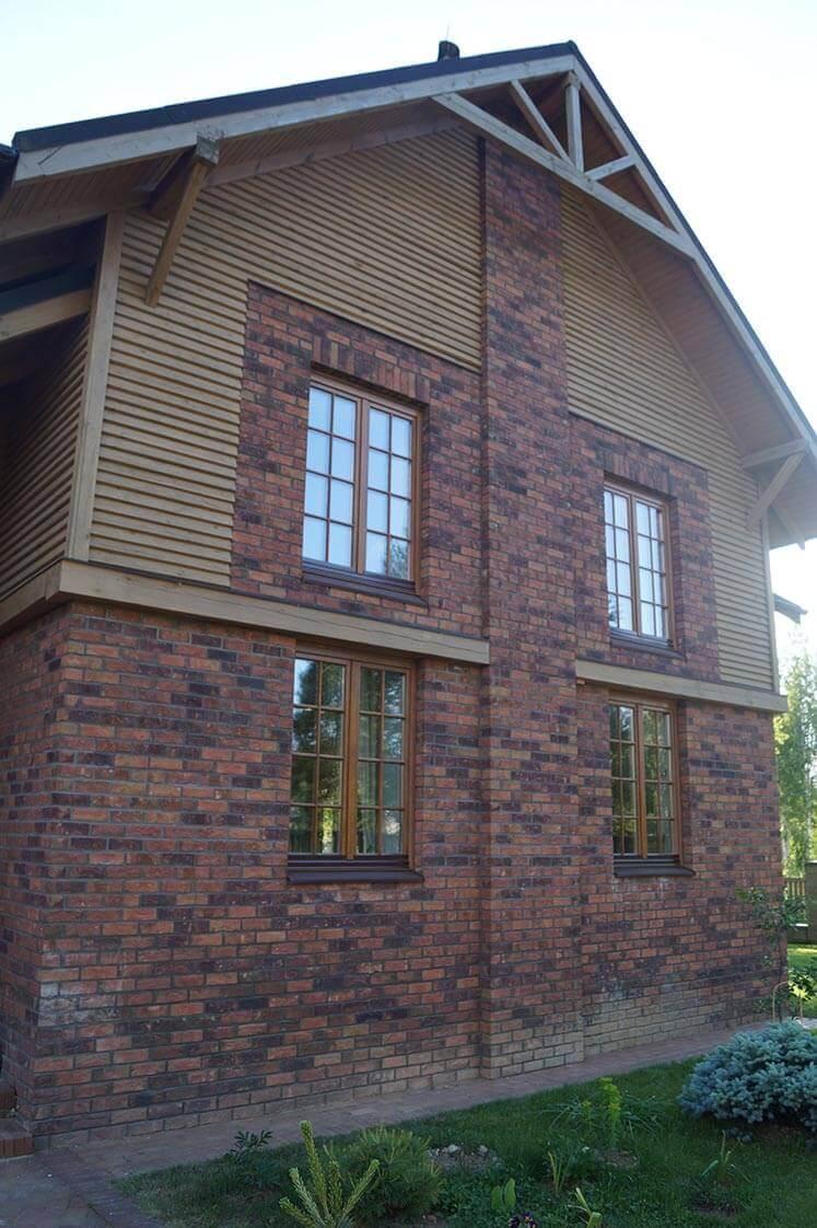 Дом в Колодищах с дубовыми окнами 6