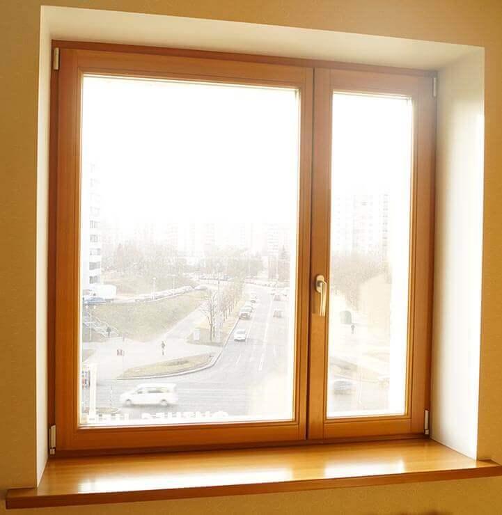 Окна из дерева в квартире на Машерова 3